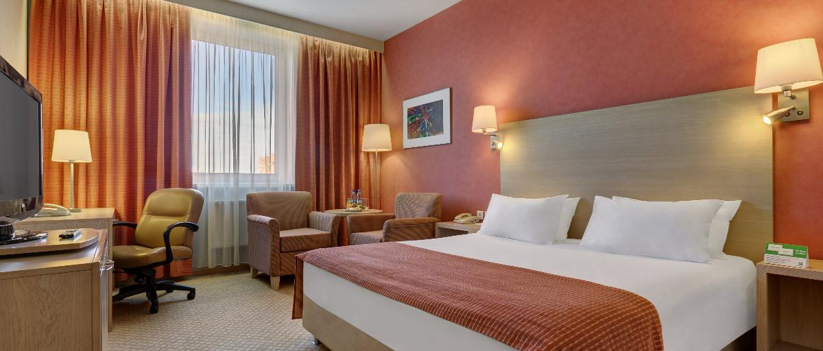 Holiday Inn Moscow Executive Room
